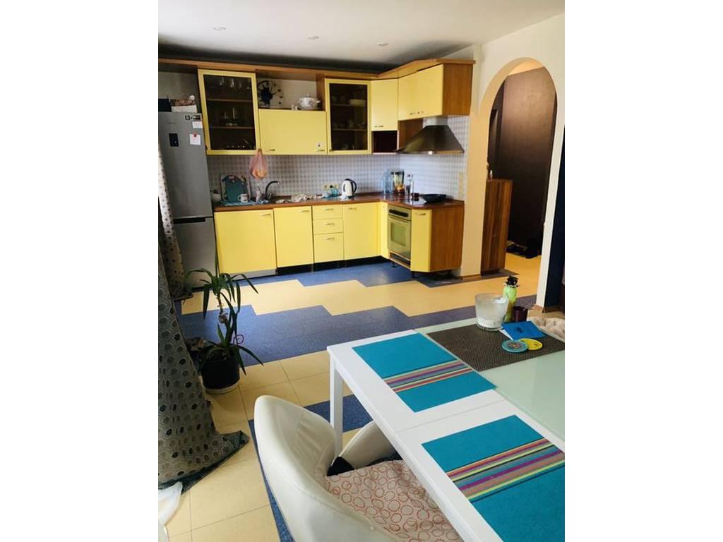 2-комнатная квартира, 69.00 м2, 79900 у.е.