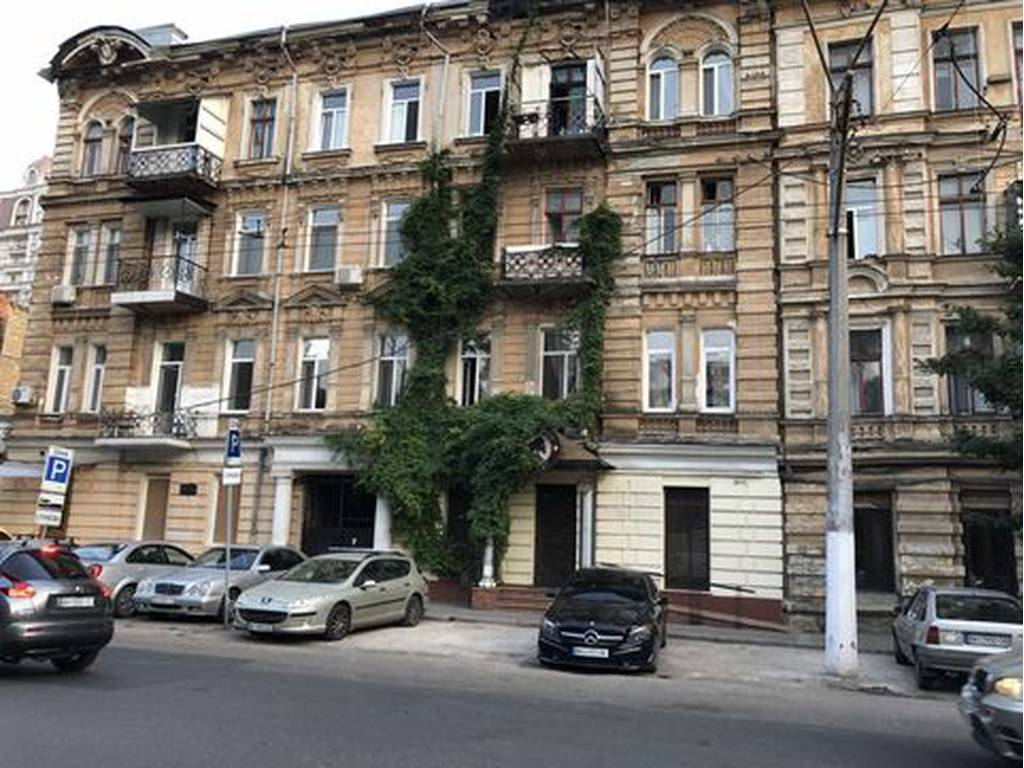 3-комнатная квартира, 120.00 м2, 99000 у.е.
