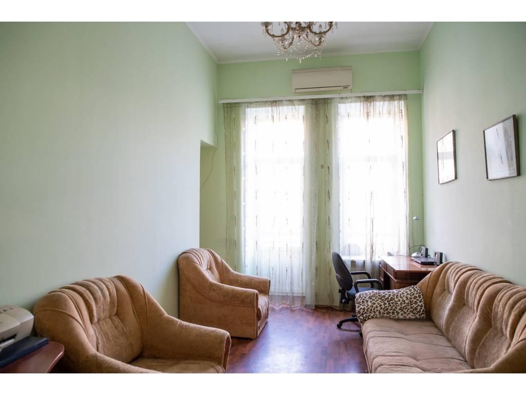 5-комнатная квартира, 223.00 м2, 200000 у.е.