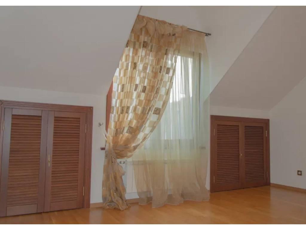 4-комнатная квартира, 180.00 м2, 249900 у.е.