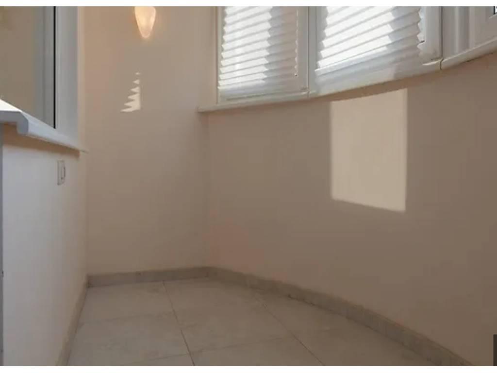 2-комнатная квартира, 78.00 м2, 110000 у.е.