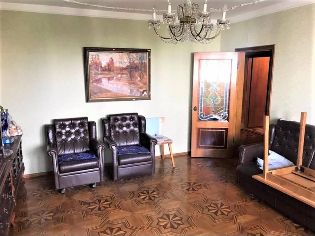4-комнатная квартира, 100.00 м2, 62000 у.е.