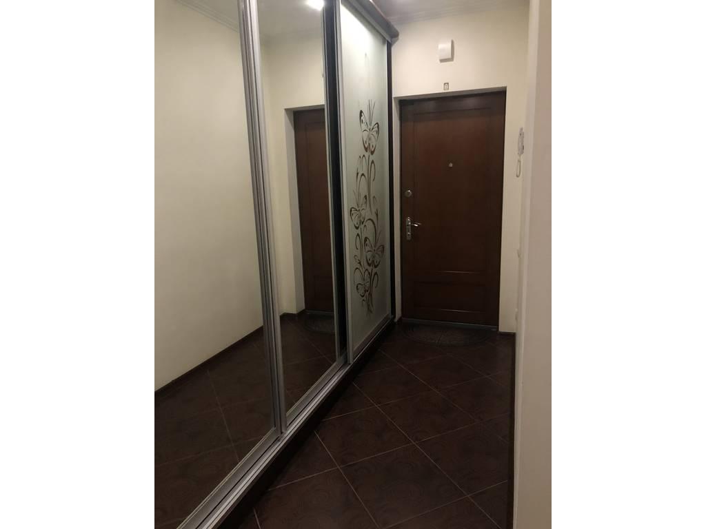2-комнатная квартира, 82.40 м2, 68000 у.е.
