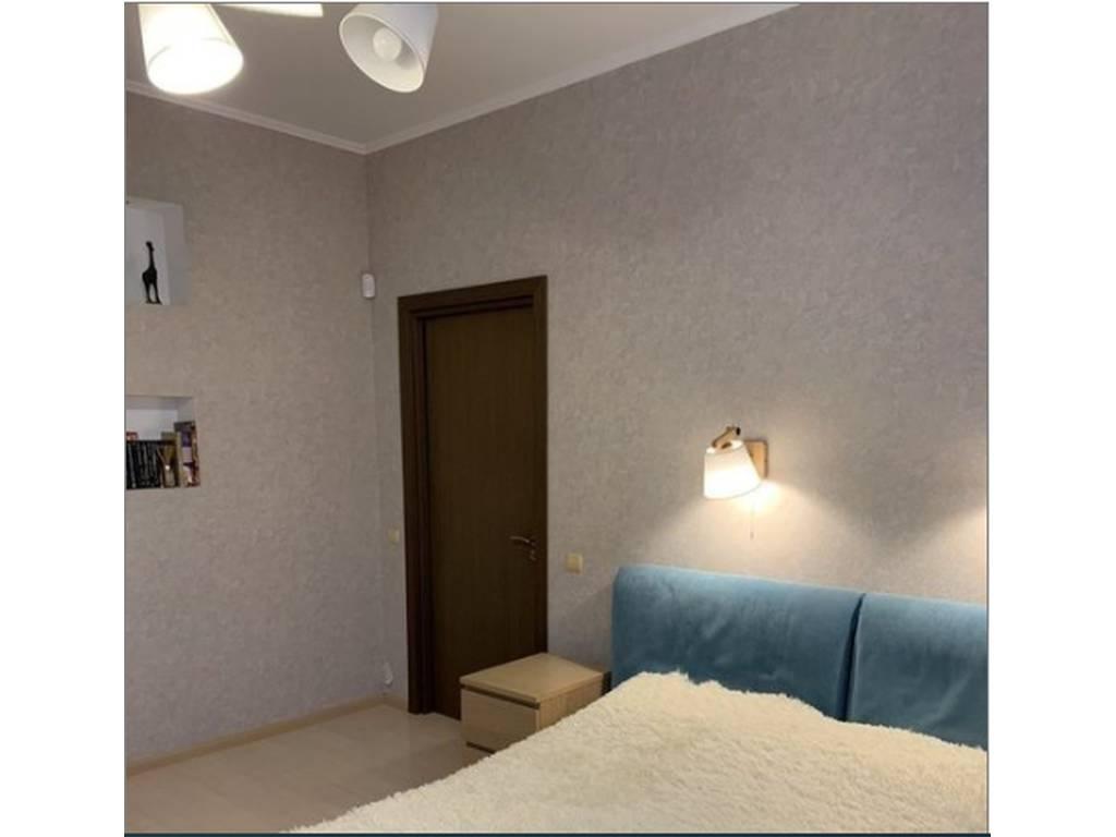 2-комнатная квартира, 84.00 м2, 79000 у.е.