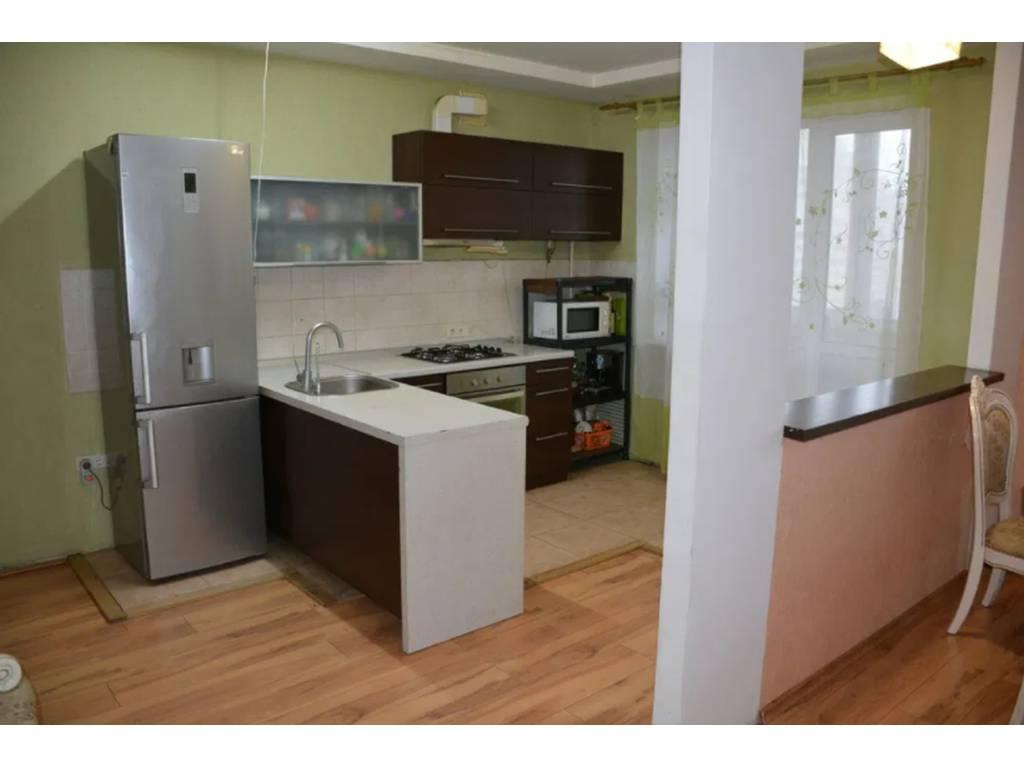 4-комнатная квартира, 133.00 м2, 90000 у.е.