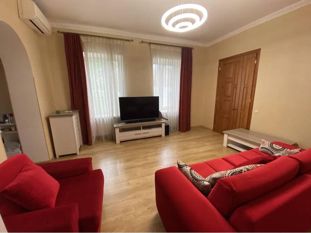 4-комнатная квартира, 90.00 м2, 110000 у.е.