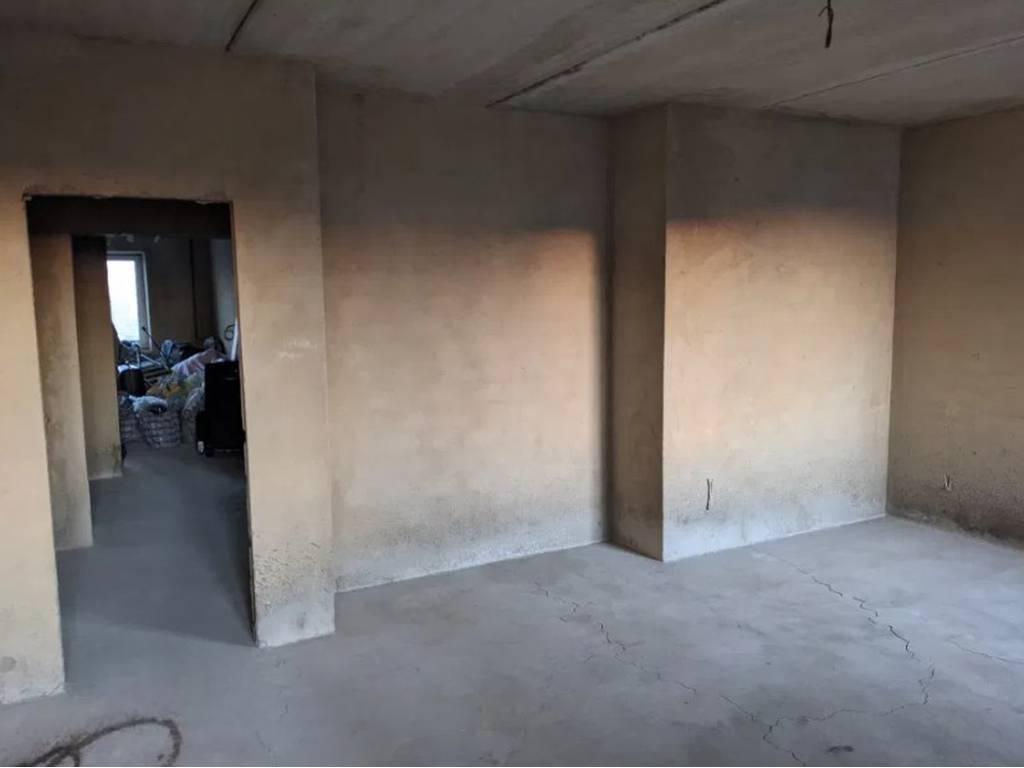 2-комнатная квартира, 87.00 м2, 99000 у.е.