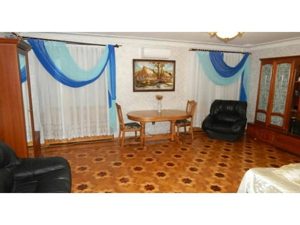 2-комнатная квартира, 96.00 м2, 95000 у.е.