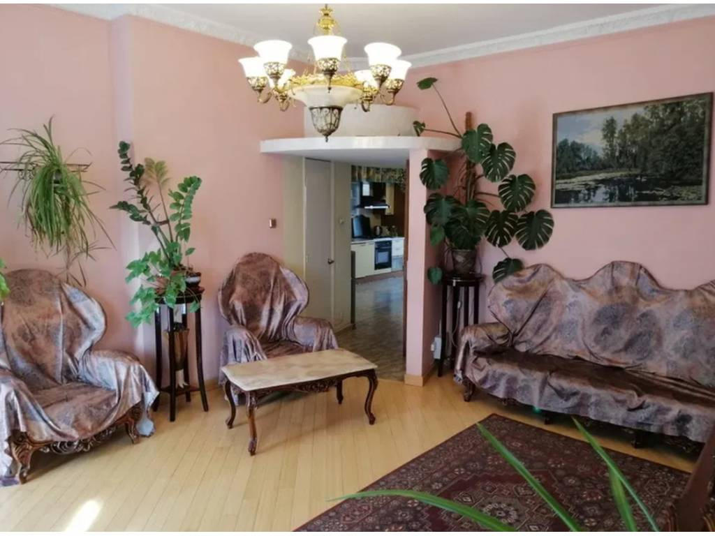 6-комнатная квартира, 196.00 м2, 100000 у.е.