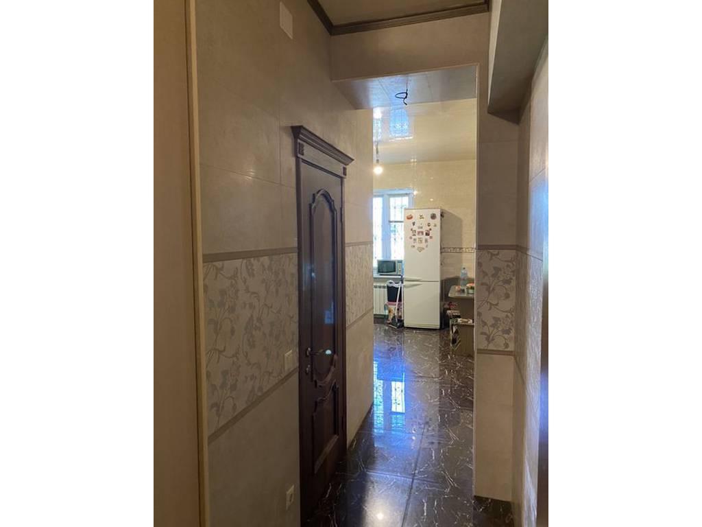 2-комнатная квартира, 65.00 м2, 44000 у.е.