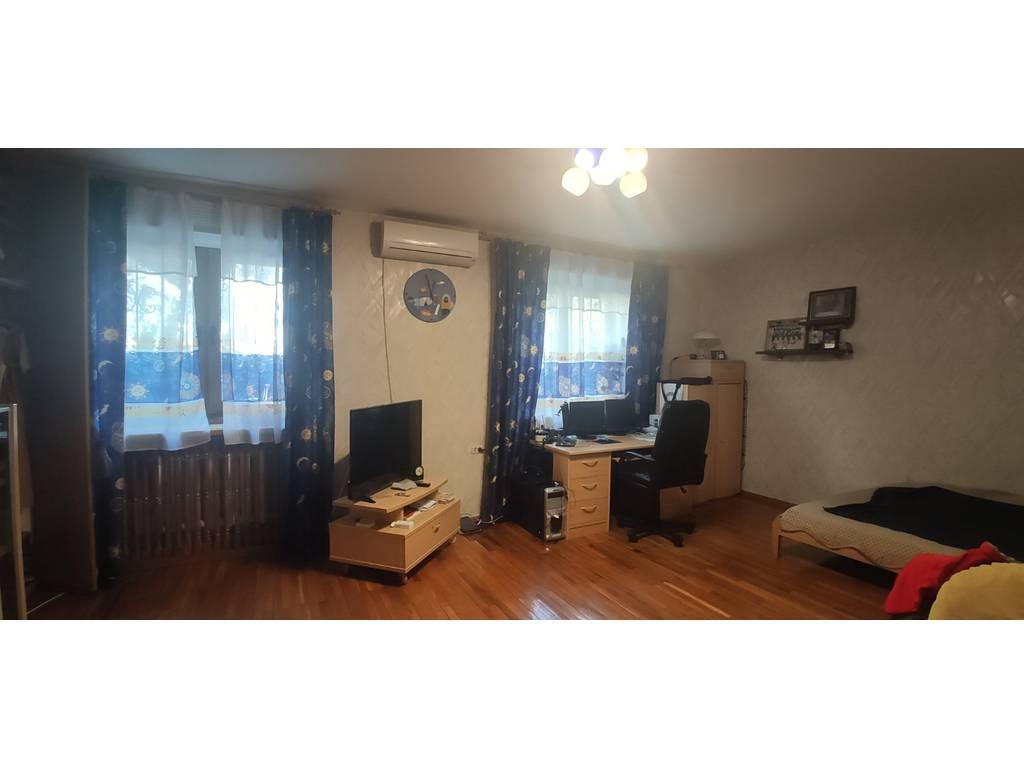 3-комнатная квартира, 143.00 м2, 157000 у.е.