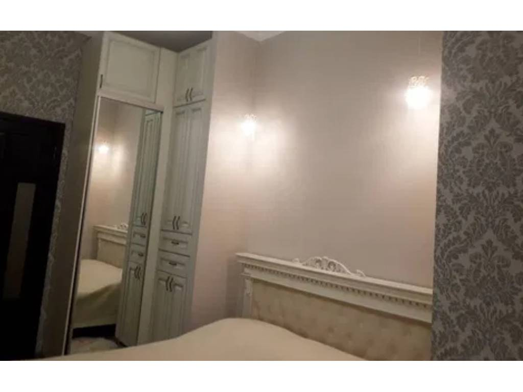 3-комнатная квартира, 100.00 м2, 195000 у.е.