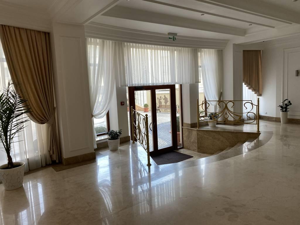 4-комнатная квартира, 182.30 м2, 364600 у.е.