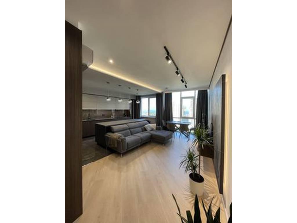 3-комнатная квартира, 107.00 м2, 192000 у.е.