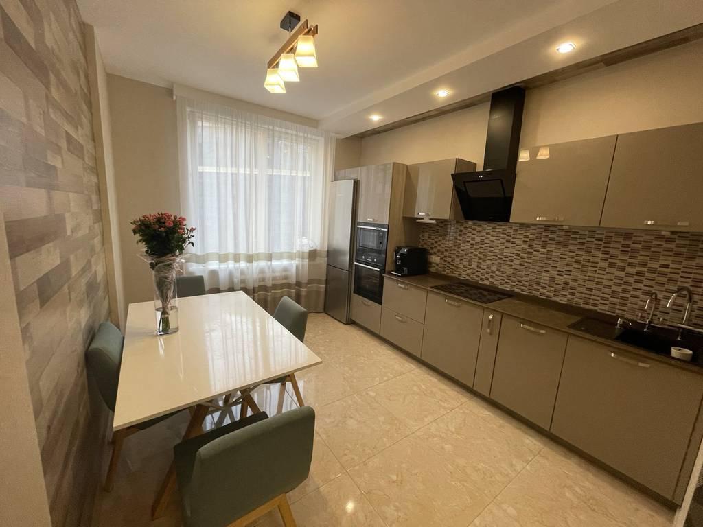 3-комнатная квартира, 81.00 м2, 145000 у.е.