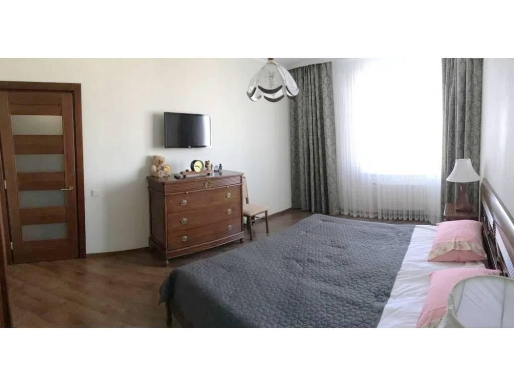2-комнатная квартира, 76.00 м2, 105000 у.е.