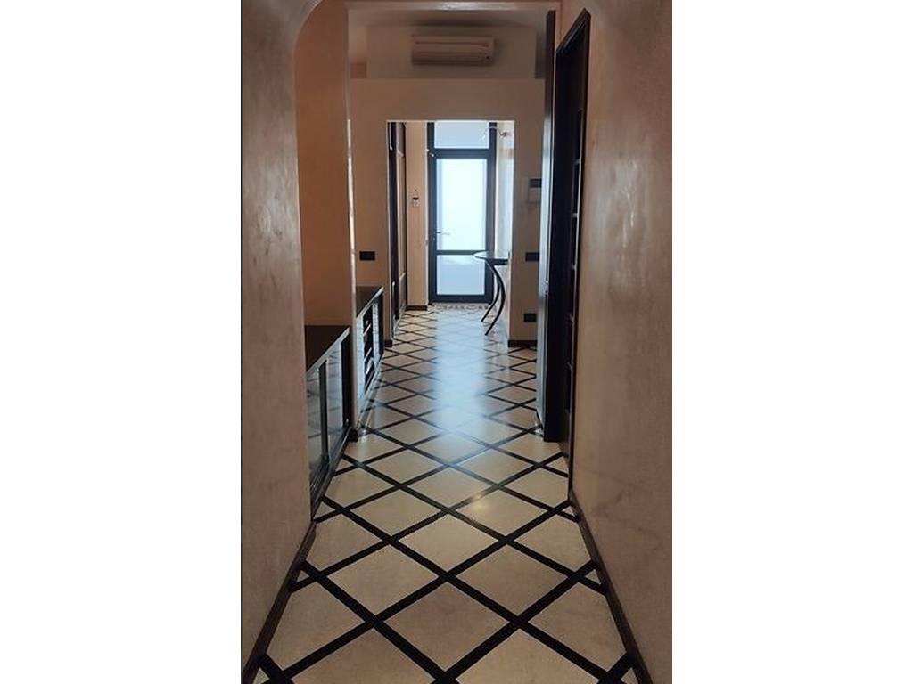 3-комнатная квартира, 77.25 м2, 99900 у.е.
