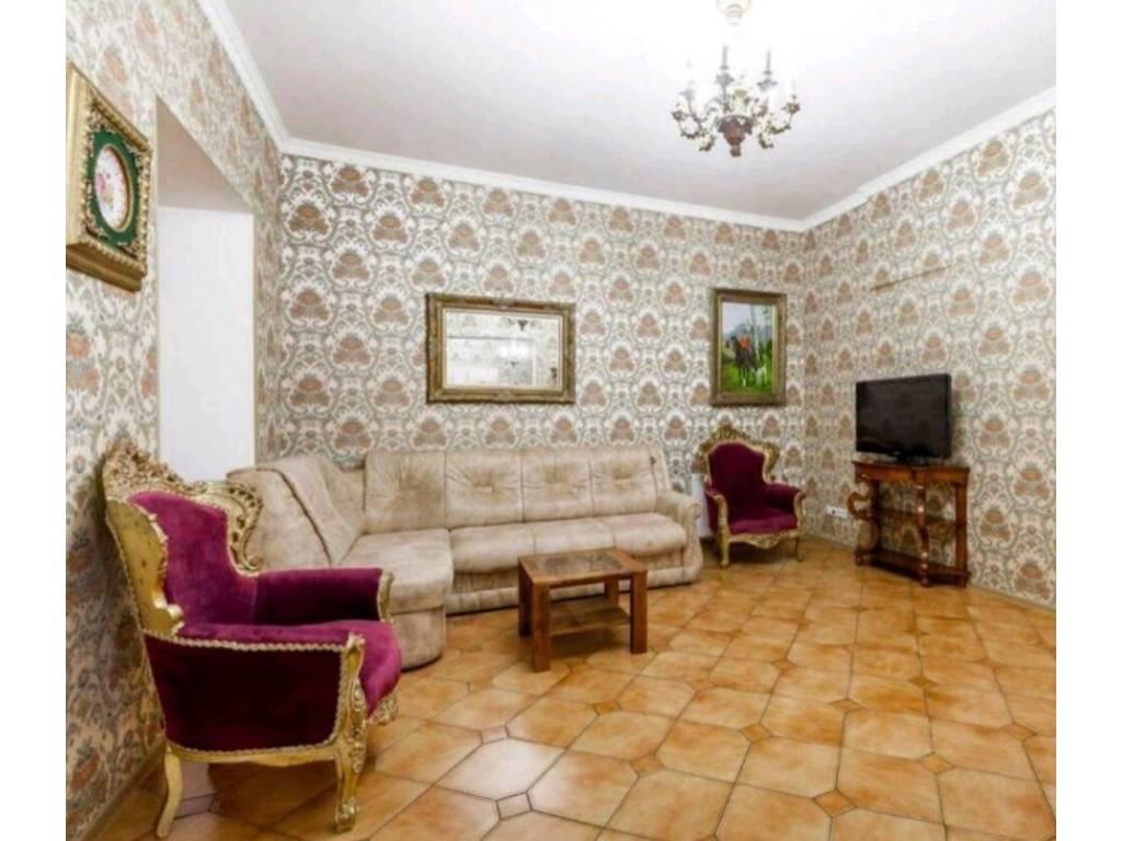 3-комнатная квартира, 120.00 м2, 300000 у.е.