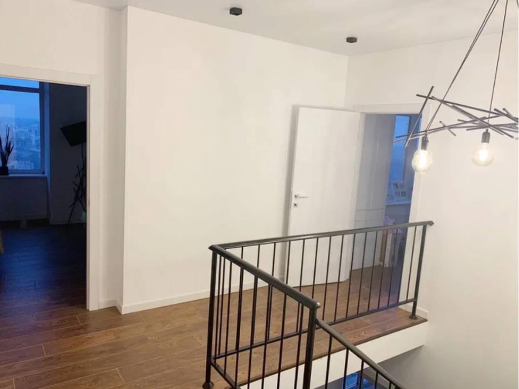 5-комнатная квартира, 140.00 м2, 146000 у.е.