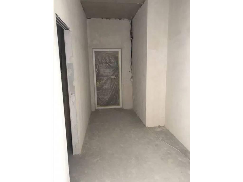 4-комнатная квартира, 140.00 м2, 215000 у.е.