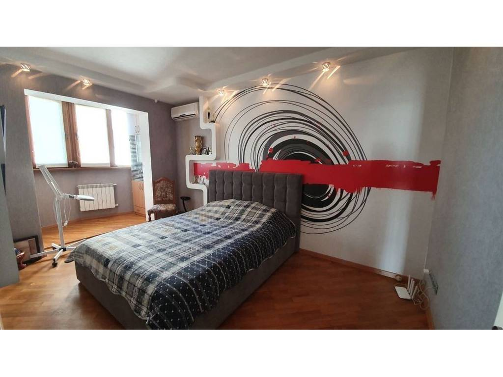 4-комнатная квартира, 85.00 м2, 74990 у.е.