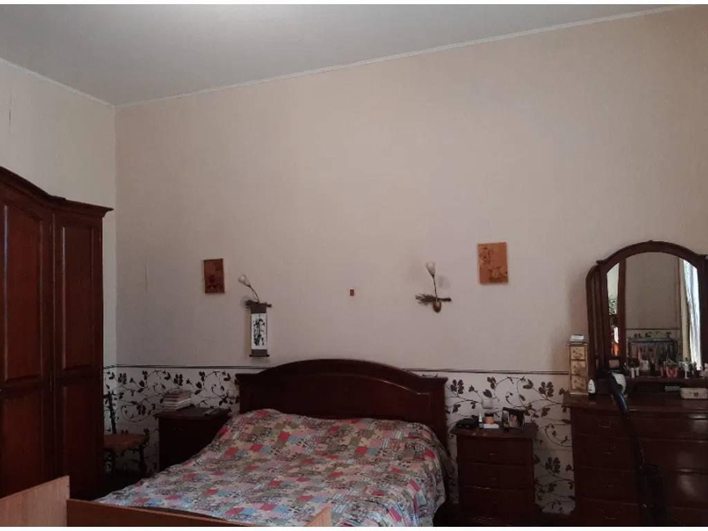 4-комнатная квартира, 160.00 м2, 137000 у.е.