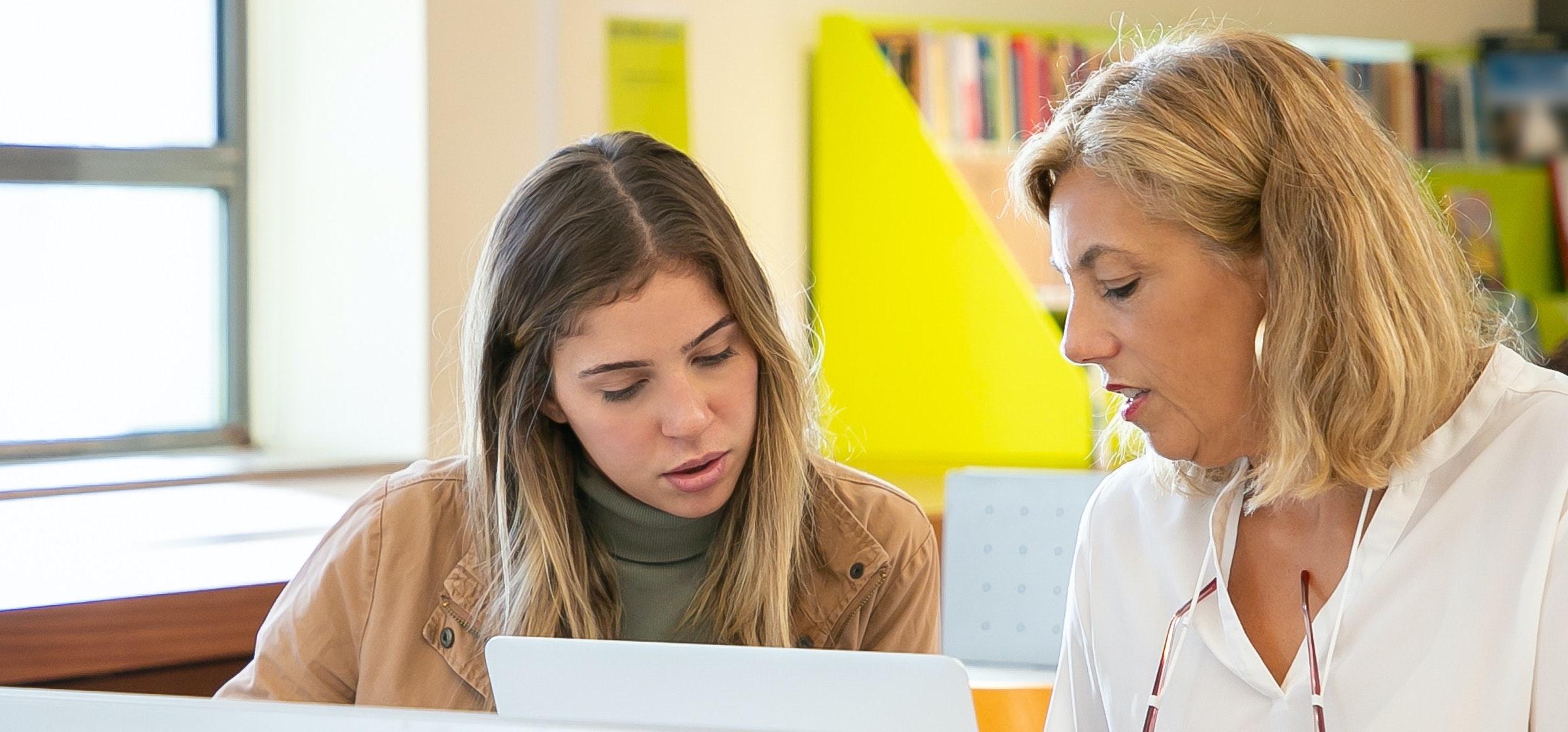 So unterstützen Sie Ihr Kind bei der Studien- und Berufswahl