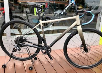 SPECIALIZED Gravel Bike Specialized Sequoia 54Cm
