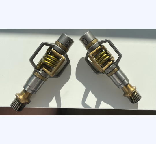 CRANKBROTHERS EGG BEATER 11 PEDALE GOLD