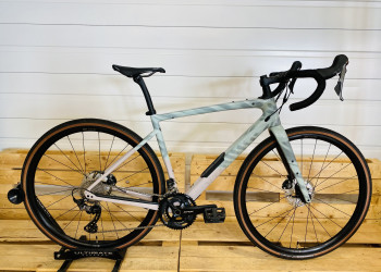 SPECIALIZED DIVERGE COMP CARBON (56)