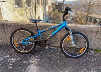 Fabien Bike VELO TREK MT 60 Jr20 (Bleu-noir)  (Unitaire)