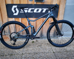 SCOTT Bike Spark 910