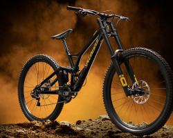 Specialized > Demo Race 29  S3