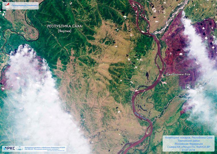 Супутникове зображення лісової пожежі в Якутії, Східний Сибір, Росія, 2 серпня 2019 року