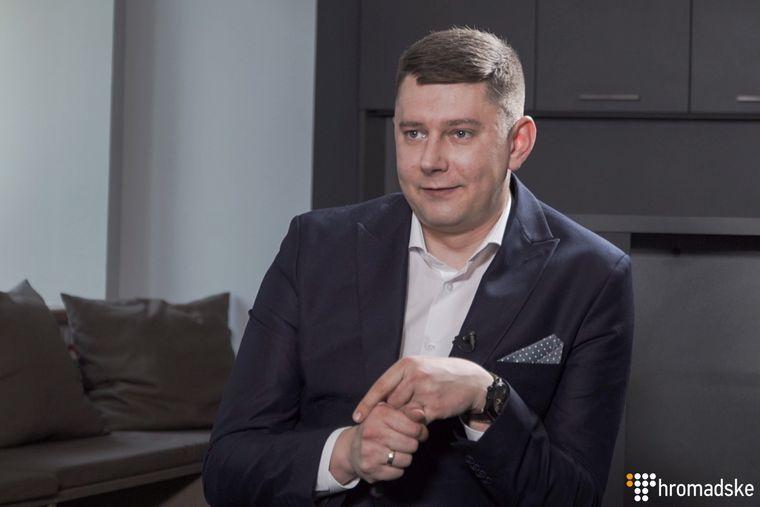 Заступник глави Офісу президента Юрій Костюк під час інтерв'ю, Київ, 13 серпня 2019 року