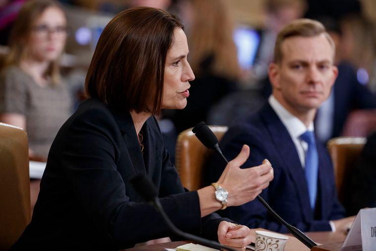 Ексдиректорка Ради національної безпеки США у справах Євразії та Росії Фіона Гілл свідчить в Конгрессі США, 21 листопада 2019 року