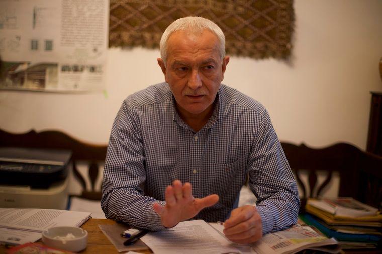 Теодор Мерієш, учасник революції й голова Асоціації «21 грудня 1989 року», домагається справедливості в ЄСПЛ
