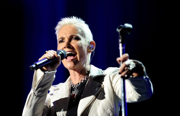 Марі Фредрікссон з шведського поп-дуету Roxette виступає в розважальному центрі Сіднея під час їхнього туру у Сіднеї, Австралія, 16 лютого 2012 року