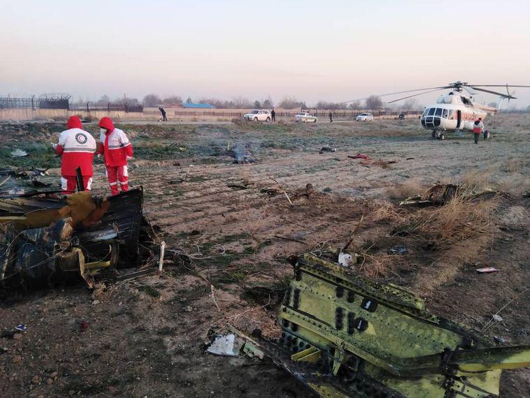 Фото вроде с места падения самолета Боинг-737 Международных авиалиний Украины в окрестностях Тегерана, Иран, 8 января 2020