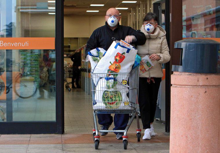 Украинка в Италии — о коронавирусе, панике и деревцах граната | Громадское  телевидение