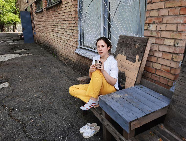 Лікарка-анестезіолог Катерина Марушко виросла в родині лікарів, вона змалку знає як зберігати спокій і стримувати емоції