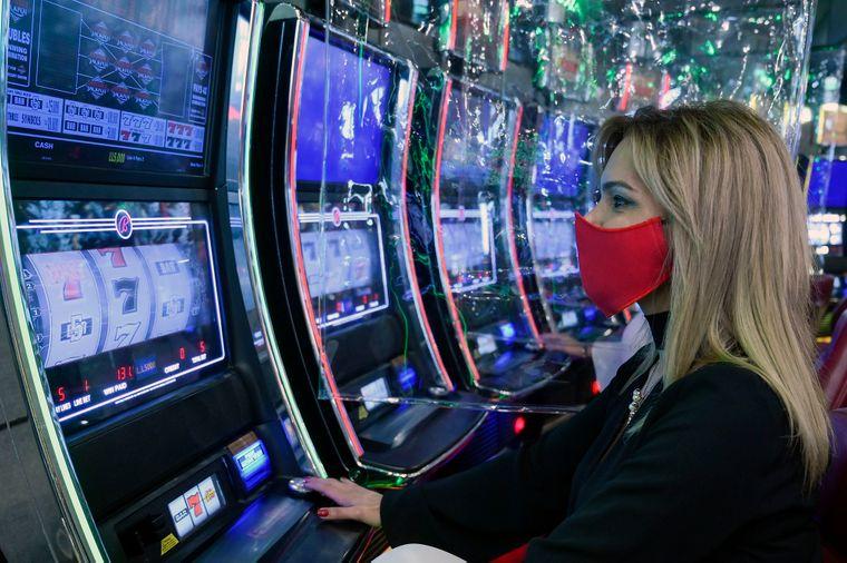 Налоги игровые аппараты казино рояль 2006 смотреть онлайн hd 1080