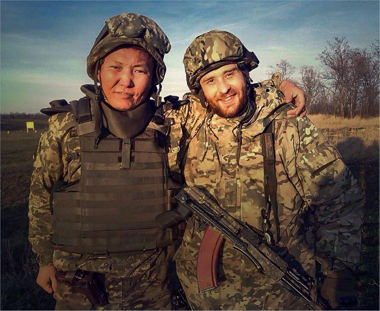 Максим Кошман (праворуч)