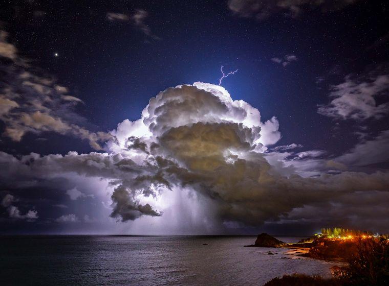 «Ізольований». Порт Макуорі, Австралія