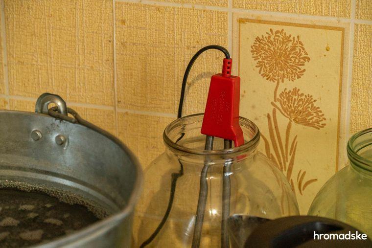 Кухня в общежитии в Кривом Роге, в котором живут Вера и Дима