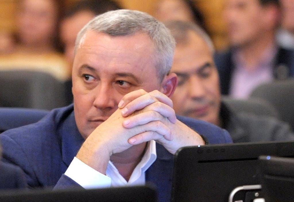 Народному депутату вперше оголосили підозру за кнопкодавство