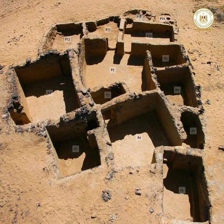 В Египте раскопали древние христианские кельи и церкви, датированные 4 веком нашей эры