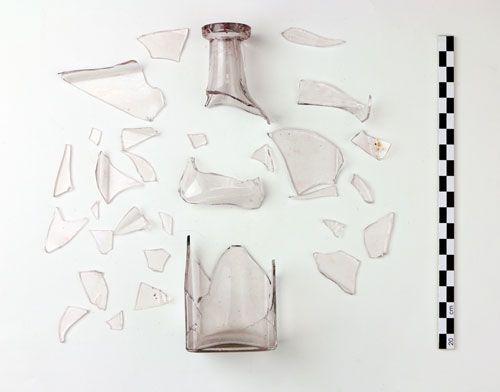 Пляшка, у якій був лист