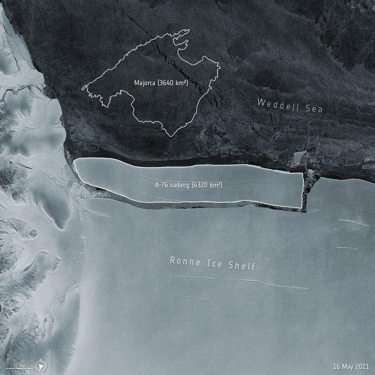 Айсберг А-76 утворився із західної сторони льодовикового шельфу Ронне  у морі Ведделла