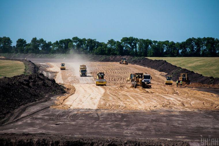 Будівництво дороги в Полтавській області